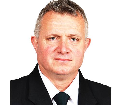 Kristály László