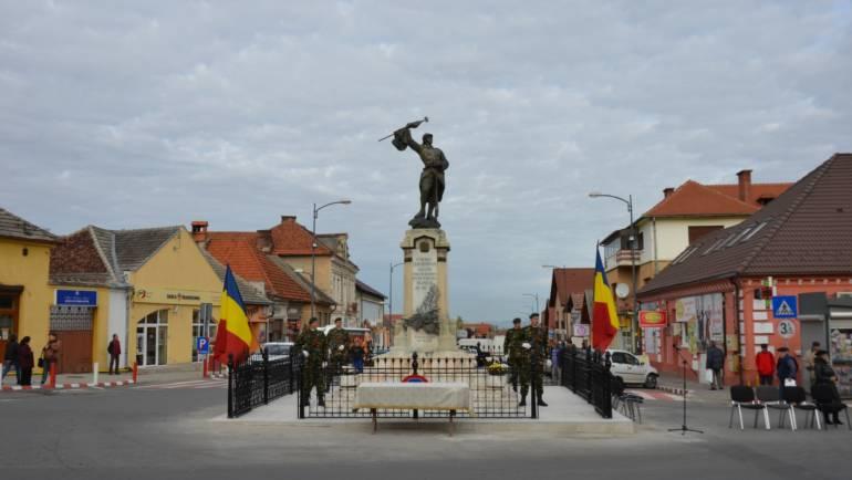 1 Decembrie – Ziua Națională a României sărbătorită în Piața Libertății din Săcele.