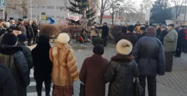 Ziua Culturii sărbătorită la Săcele în fața singurei statui a Poetului M. Eminescu din județul Brașov.