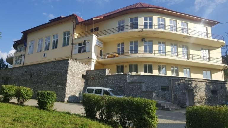 Modificare program cu publicul la Spitalul Municipal Săcele și Ambulatoriul  de Specialitate din Policlinica Municipală Săcele