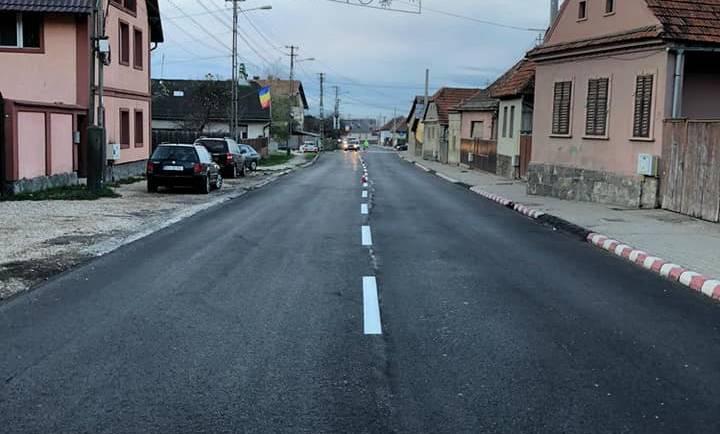 Finalizare lucrări de refacere a covorului asfaltic pe bdul G Moroianu