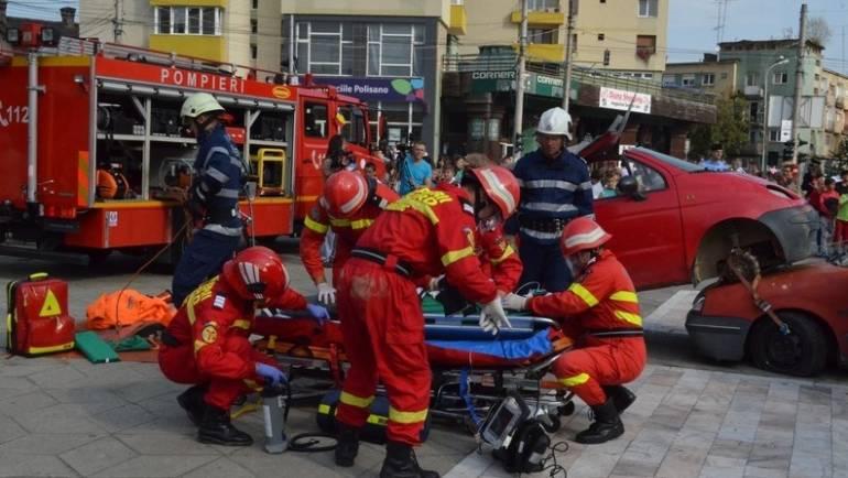 Exerciții demonstrative de Ziua Protecției Civile la Săcele