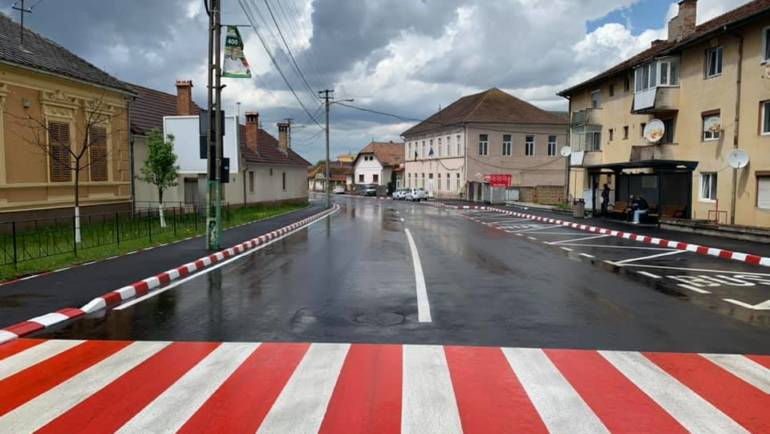Finalizare lucrări de asfaltare pe bdul G.Moroianu