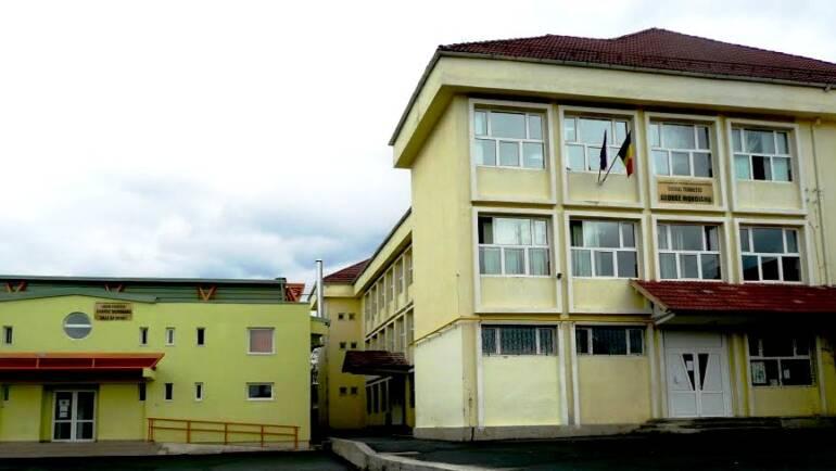 """Examenul de Bacalaureat se va putea organiza în condiții de siguranță la Liceul Teoretic """"G. Moroianu"""""""