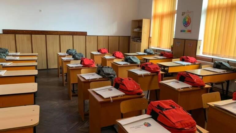 Primul Ghiozdan în școlile săcelene